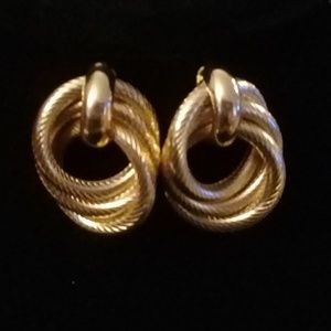 Knot twist earrings